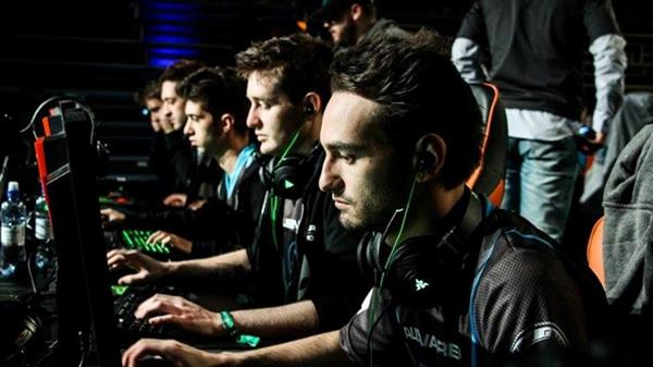 5 Tips for Young Players: How to Succeed in CS and Don't Fail in College